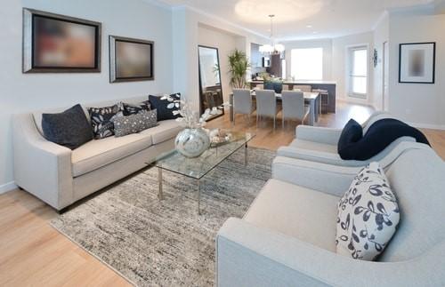 Woonkamer in het zwart en wit - Home Deco - Alles over Woon & interieur